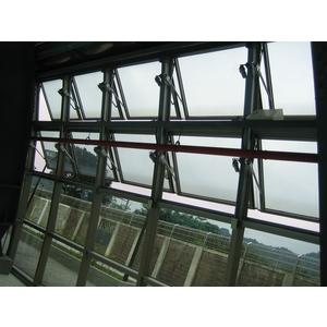台灣科技大學-GL-320A推射窗-永機企業社