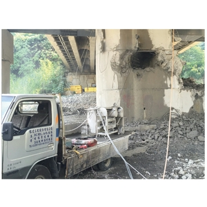 南投晉安橋橋柱帽樑鏈鋸切割-榕建工程股份有限公司