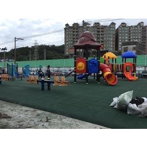 樹林鎮前公園遊樂設施-辰美興業有限公司