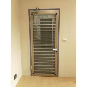 三合一通風門-現代鋼鋁門窗有限公司