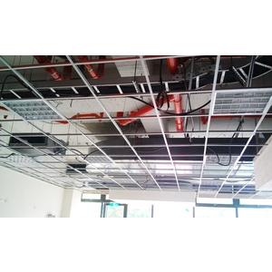 輕鋼架施工中-茗廬企業有限公司