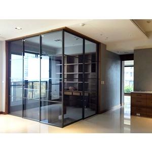 AL377-黑色鋁框連動懸吊門-億諠有限公司