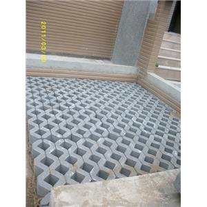 植草磚完工圖2-再興水泥製品有限公司