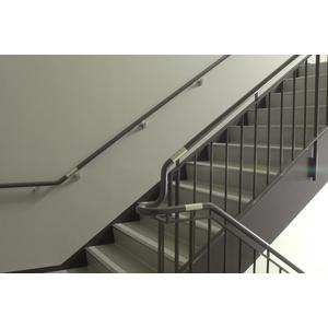 樓梯扶手-及裕興業股份有限公司