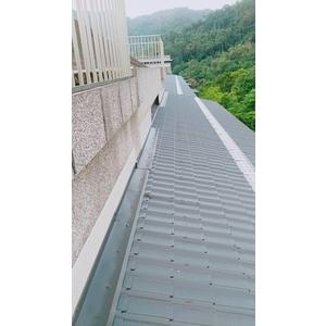 屋頂琉璃鋼瓦防水工程2