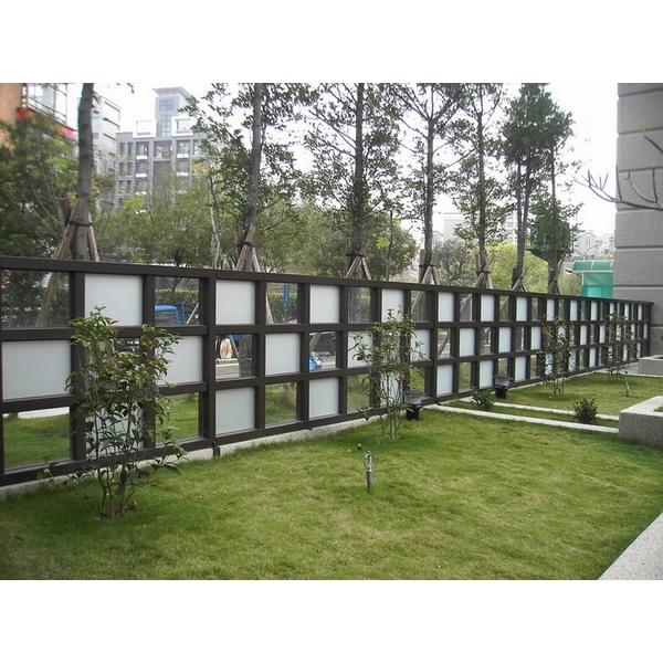不銹鋼玻璃帷幕牆