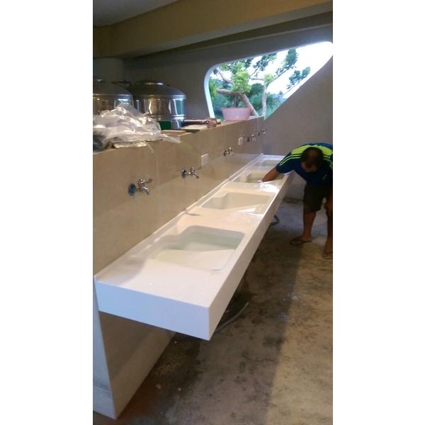 台面式四水槽洗衣台-益馨企業-雲林