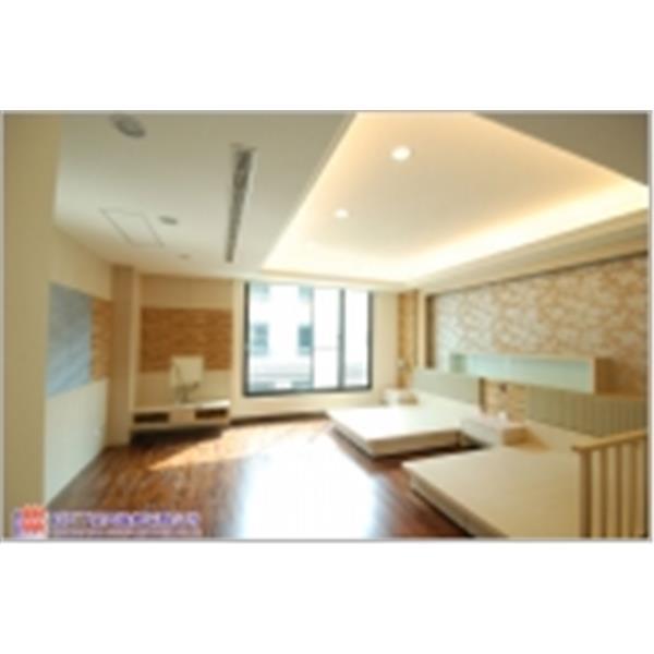臥房裝潢設計─天花板+木地板施工