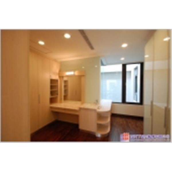 臥房裝潢設計-置物櫃裝潢