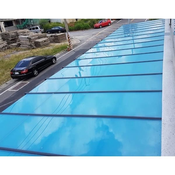 藍白色隔熱板採光罩