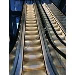 電扶梯-佳生工程企業有限公司-防火電梯門,電走道,手扶梯,無塵室電梯,汽車升降梯,景觀電梯