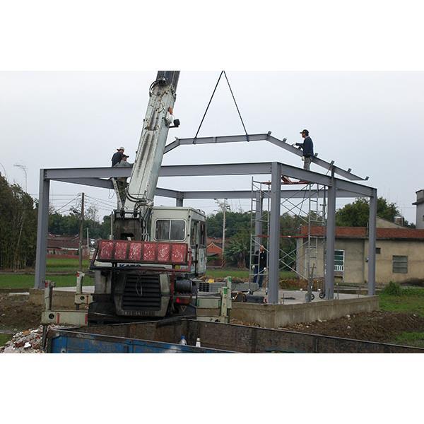 鐵屋或增建