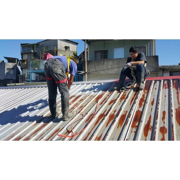 鐵皮屋頂烤漆噴漆保養-永效防水工程行-新北