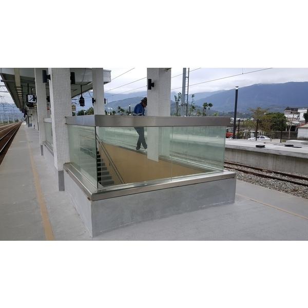池上火車站-玻璃欄杆-展輝企業社-屏東
