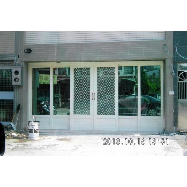 不銹鋼玻璃門1