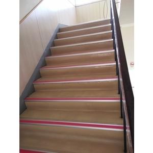 樓梯止滑施工