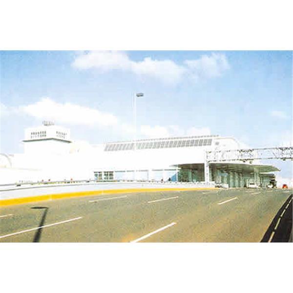 高雄小港國際機場的外部及內部景觀