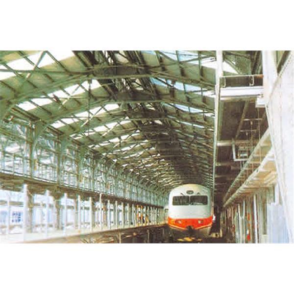 台鐵電聯車高壓線架