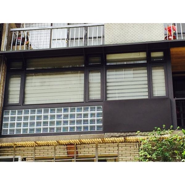 陽台 推開+固定 景觀窗(採用DK時尚精品窗1-鑫輝鋁業有限公司-新北