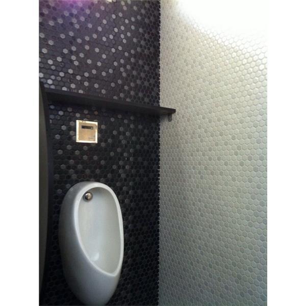 【新永興磁磚】浴室設計黑白系列馬賽克實景
