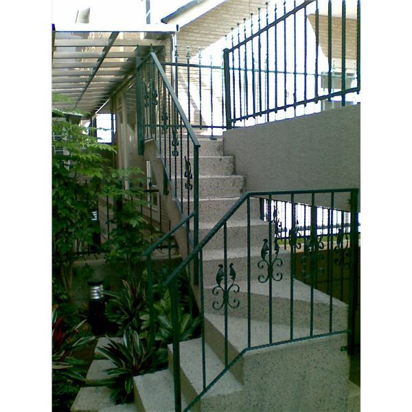 鍛造扶手樓梯