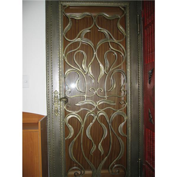 鍛造家用門