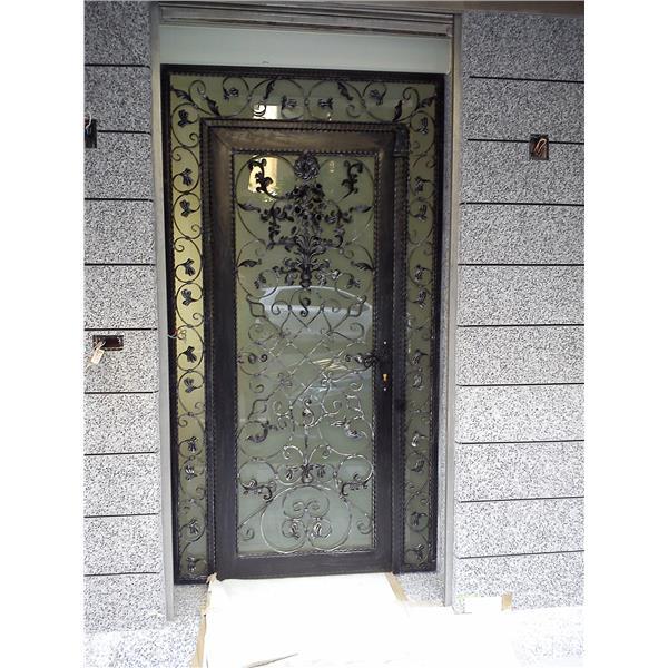 鍛造玄關門