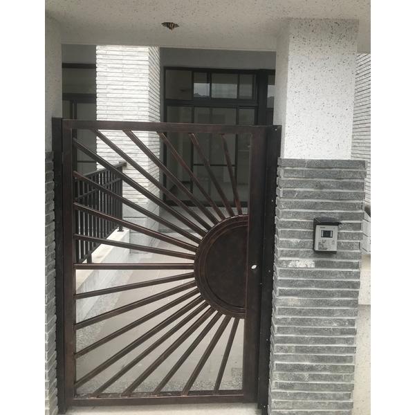 別墅庭院-百昱鋼鐵有限公司-新北