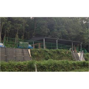 鐵皮屋+圍籬+鋼梯