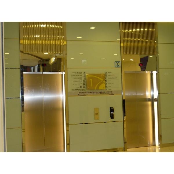 電梯門框鍍鈦