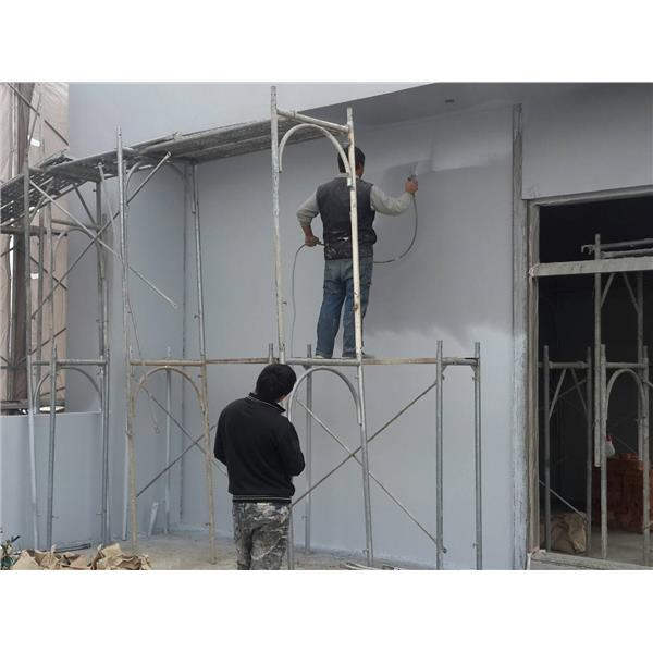 外牆防水隔熱面材噴塗中