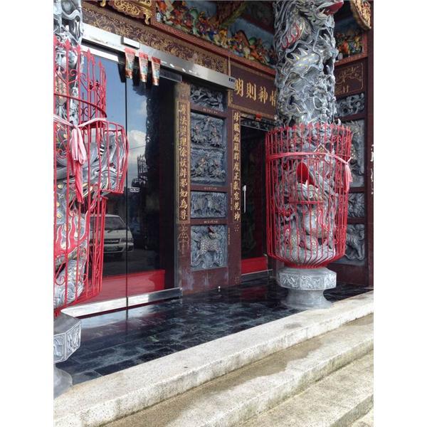 廟宇-玻璃推開完工側面圖