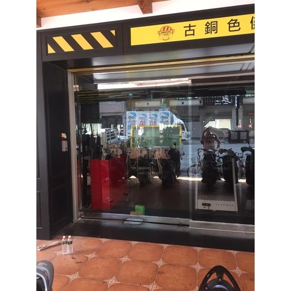 不鏽鋼玻璃自動門(單扇)