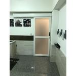 烤漆水洗白自動門