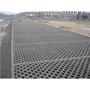 植草磚鋪設-柳營科工區停車場