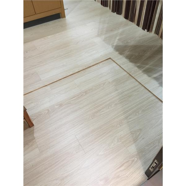 超耐磨時尚P-021香草白橡