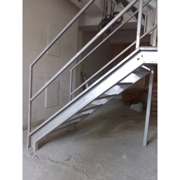 鍍鋅板樓梯-昇順工程行-新北