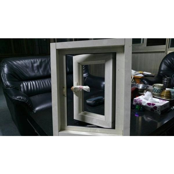 推射窗-永順鋁門窗-台南