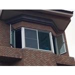 八角型 兩側推射窗+中間2拉氣密窗
