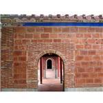 牆面-斗砌磚與拱門