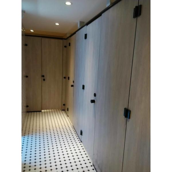 廁所隔間搗擺-承品工程行-台中