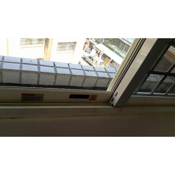 氣密窗-建興鋁門窗工程行-新北