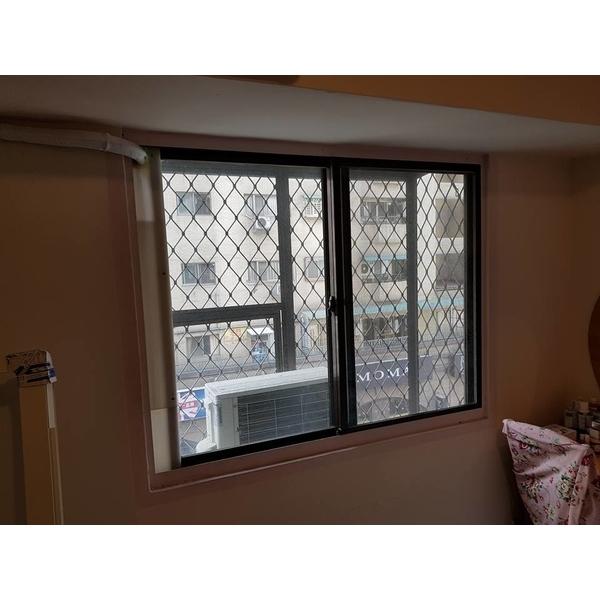 窗戶舊換新