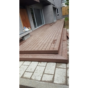 塑木平台階梯