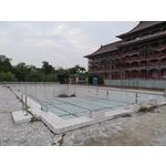 游泳池建造中