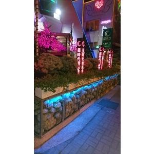 星時代婚宴會館燈柱