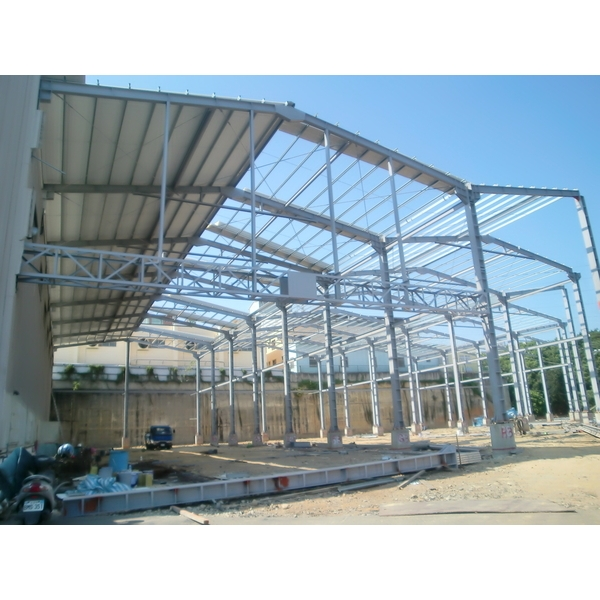 鋼構廠房搭建-東和漢工程有限公司-台中