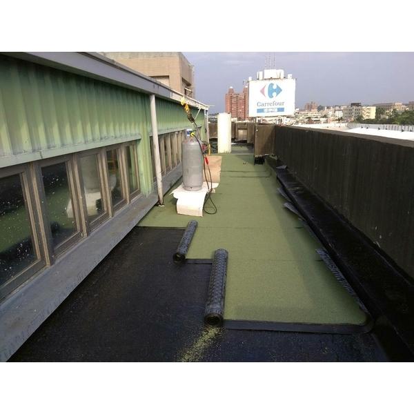 舖設熱溶毯-麗君室內裝修設計工程有限公司-嘉義