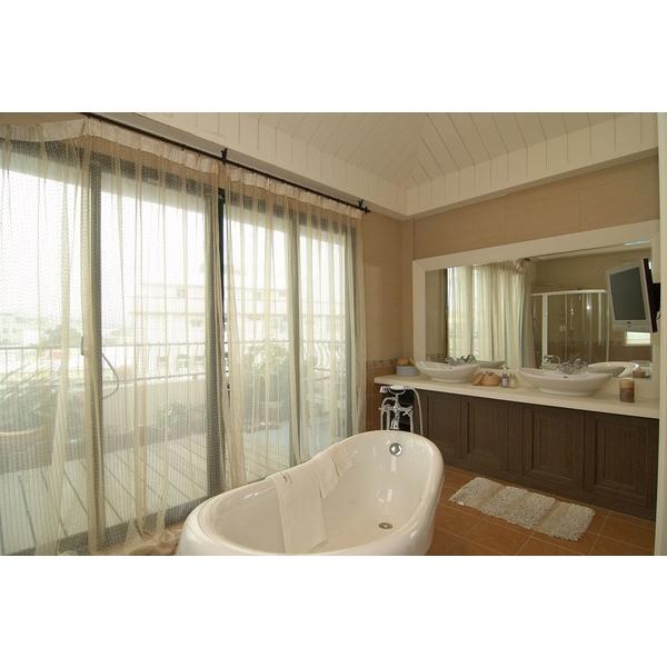 主臥室浴廁圖裝潢