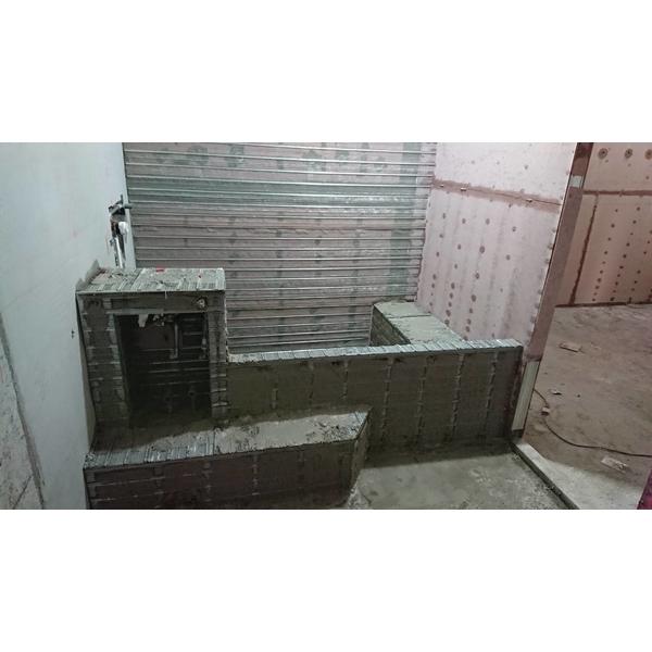 輕質灌漿牆